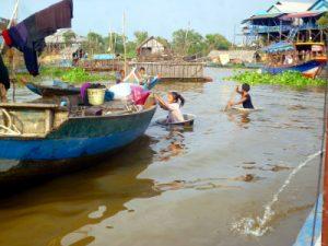 Kampong Pluk - Pueblo Flotante - Camboya